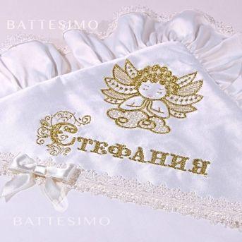 вышивка ангелочка на крестильном полотенце фото